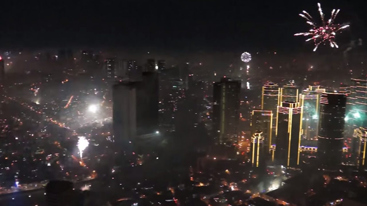 Happy New Year Philippines Fireworks Display 2021